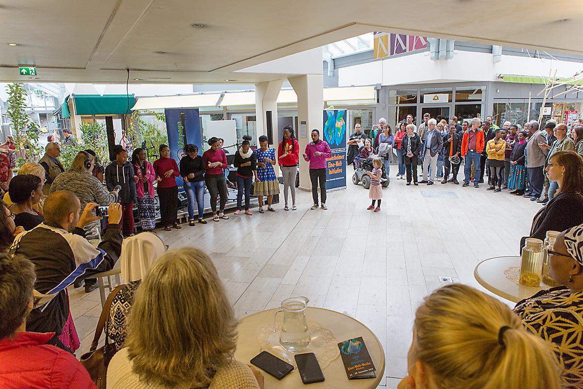 Eröffnung Eine-Welt-Woche 2019, guests from Herman-Nohl-Schule from Tanzania