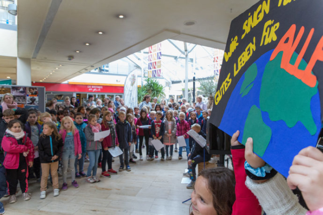 Eine-Welt-Woche 2019, Grundschulklassen-Singen